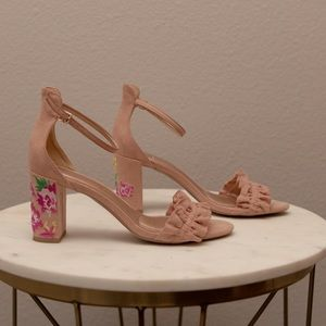 Kenneth Cole rose ruffle ankle strap sandal rose